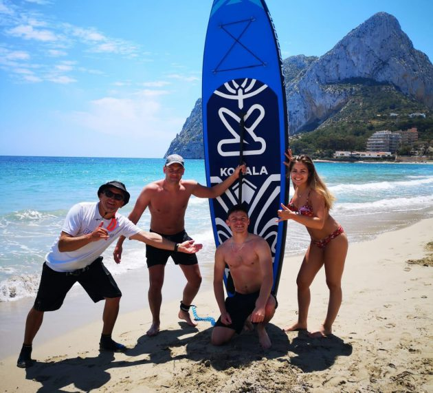 3 English youngsters learned Stand Up Paddle Surf in Calpe